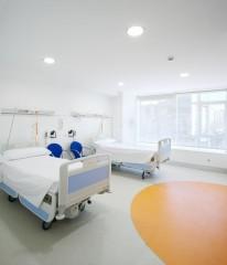 Habitación pediatría - Hospital Fundación Jiménez Díaz