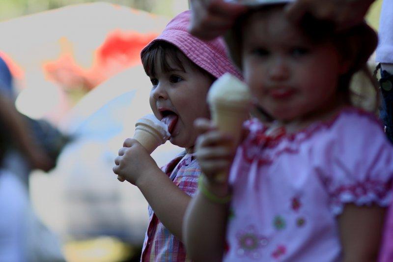 ¿Qué es y cómo tratar el sobrepeso en niños?