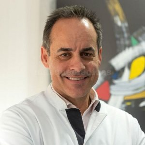 Doctor Emilio Juárez Escalona