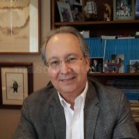 Dr. Alberto Salinas Karpel