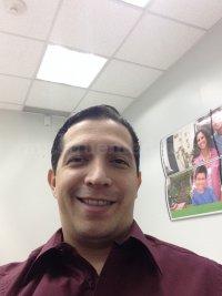Dr. Juan Carlos León