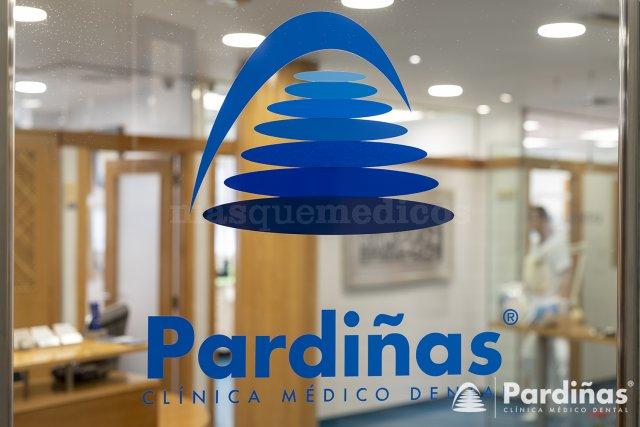 Entrada Clínica Pardiñas - Clínica Dental Pardiñas