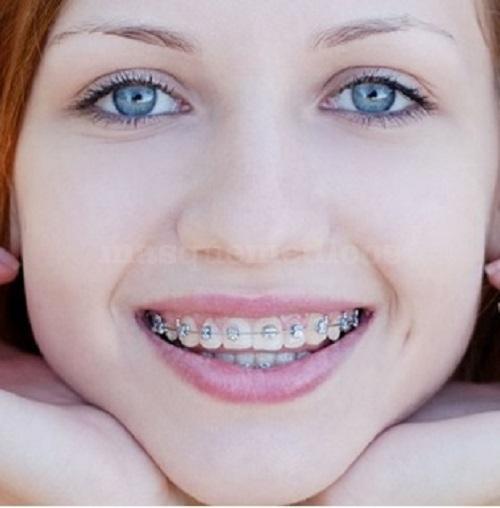 - Clínica Dental Valcárcel