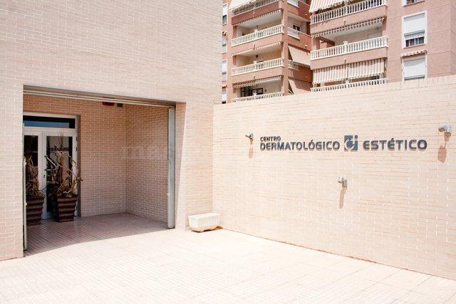 - Centro Dermatológico Estético