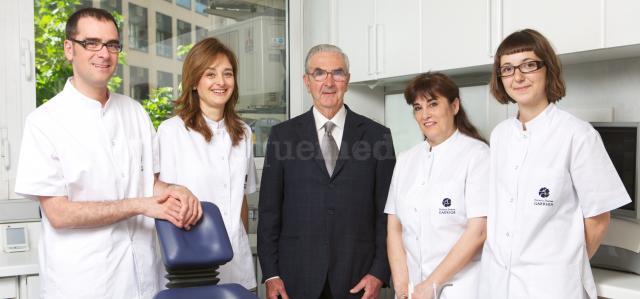 - Clínica Dental Garriga