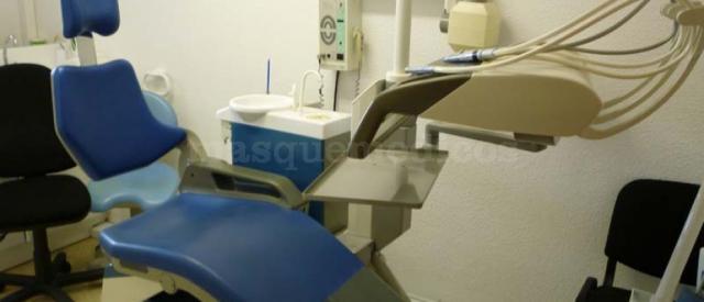 - Clínica Dental Glorias