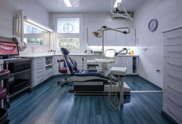 - Clínica Dental Padrós