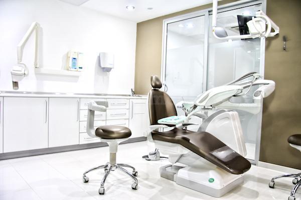 sillon dental - Clínica Dental Propdental Encants