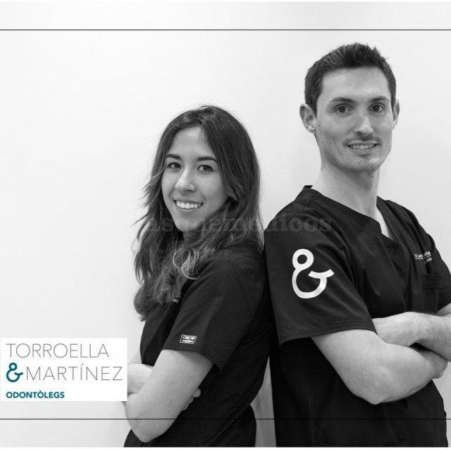 - Clínica Dental Torroella y Martínez