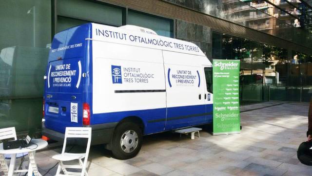 UNIDAD MOVIL - Instituto Oftalmológico Tres Torres