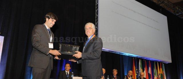 Primer Mremio al Mejor Residente del Año de España en Cirugía Ortopédica (Fundación SECOT), 2014 - Jesús Moreta Suárez