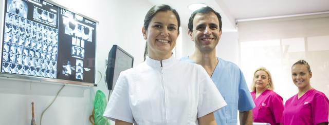 - Plaza&Tena Especialidades Odontológicas