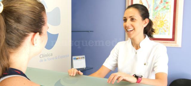 - Clínica Dental de la Torre & Esparza
