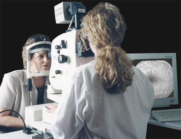 - Clínica Oftalmológica Dr. Soler