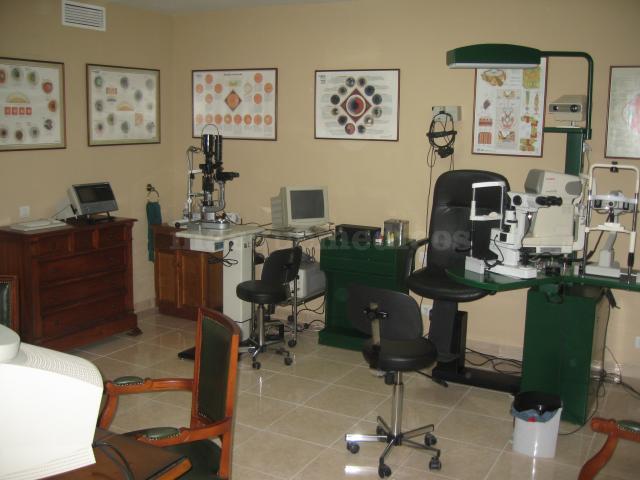 Clínica Ocular Dr. Requena en Estepona - Clínica Ocular Dr. Requena