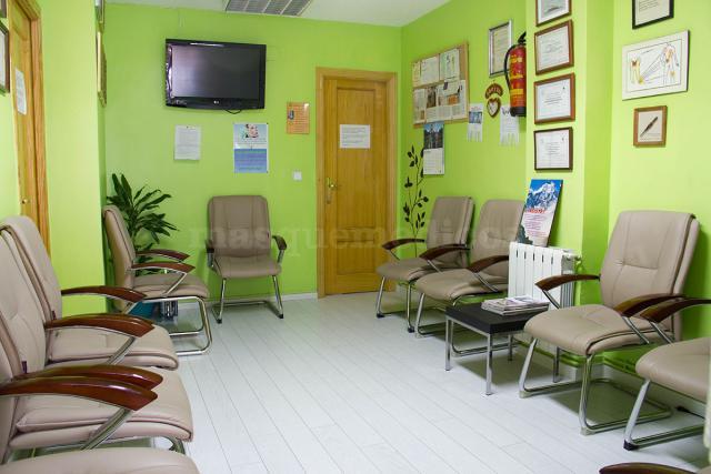 - Clínica Dental Joana