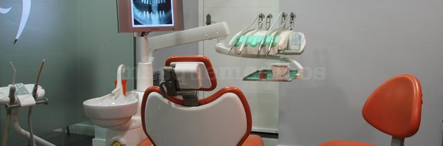 - Clínica Dental Sánchez González