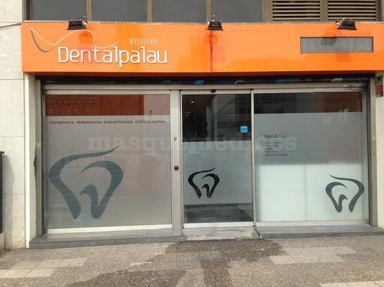 - Institut Dental Palau