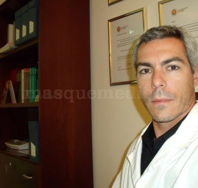 Dr. Álvaro Gallegos Caro - Salus Medical Clinic