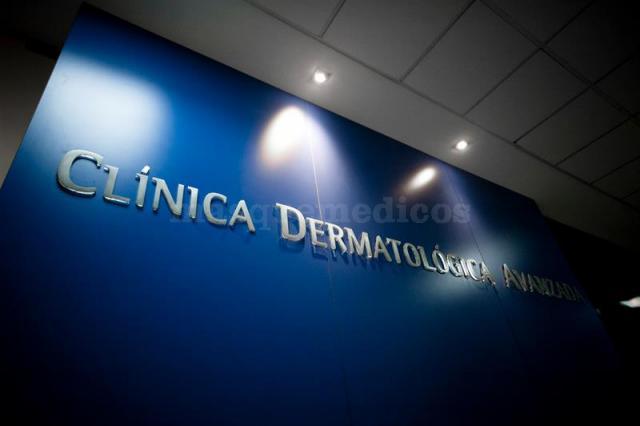 La Clínica - Dermavan