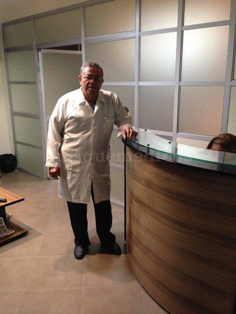 Dr. Enrique Benites Quintero otorrino en Guayaquil - Enrique Emilio Benites Quintero