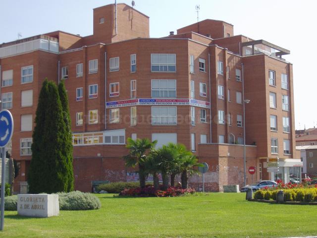 Frente a San Juan de Dios - American Psicological Center