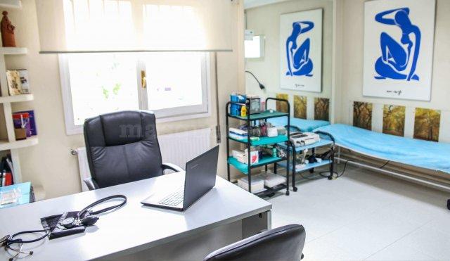 Consulta médica - Centro Clínico Betanzos 60