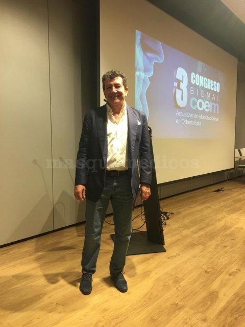 Conferencia en el 3er Congreso del Colegio de Odontológos y Estomatologos de la I Región - José Ignacio Salmerón Escobar