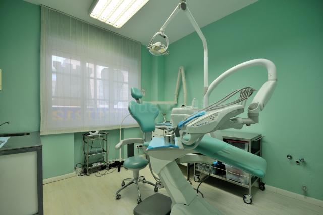 - Centro Dental Torre Fuerte