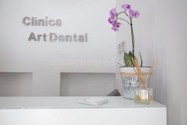 - Clínica Art Dental Madrid