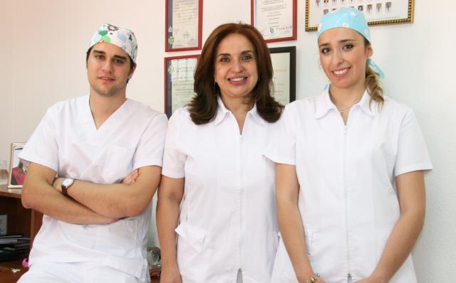 Inter consulta con algunos de los profesionales. - Clínica Dental Patricia Peña