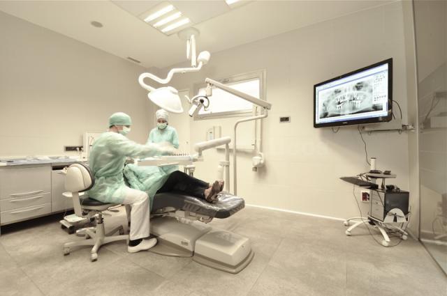 Gabinete de Cirugía Clínica Dental Madrid Q-Dental - Clínica Q-Dental