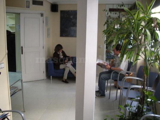 Sala de Espera Consulta de Dermatología - Centro Clínico Betanzos 60