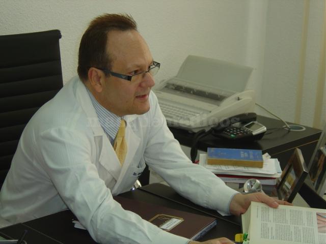 Doctor Adolfo Álvarez Ramos - Dr. Alvárez Ramos