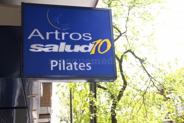 Entrada a la clínica - Artros Salud10