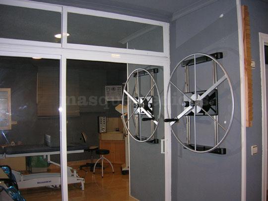 Aparatos médcios de Fisioterapia - Centro Clínico Betanzos 60