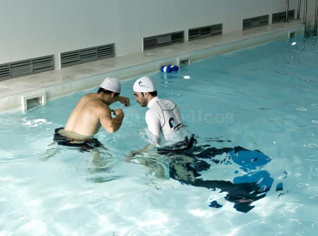 Centro rehabilitaci n premium madrid fisioterapeuta for Rehabilitacion en piscina