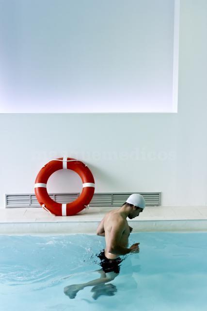 Rehabilitacion en piscina. - Centro Rehabilitación Premium Madrid