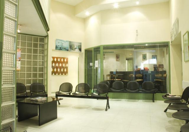 Sala de espera de la Clínica Isadora - Clínica Isadora