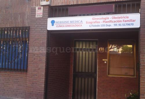 La clínica - Clínica Sergine Médica