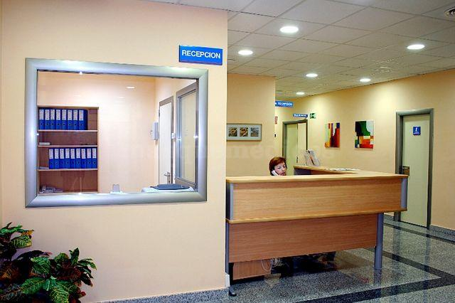 Recepción - GenesisCare Madrid, Hospital La Milagrosa (IMOncology)