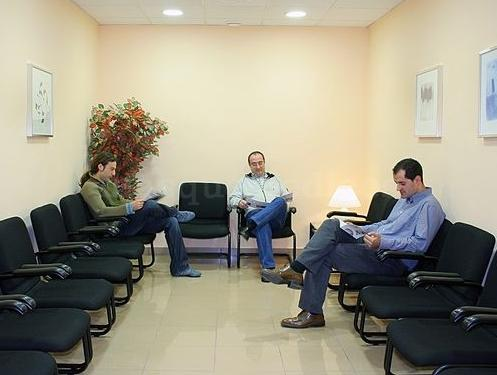 Sala de espera - GenesisCare Madrid, Hospital La Milagrosa (IMOncology)