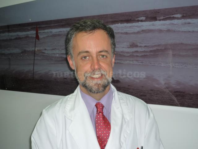 DR. J.M. GÓMEZ MARTÍN-ZARCO - Dr. Pablo Ortiz García- Equipo de otorrinos