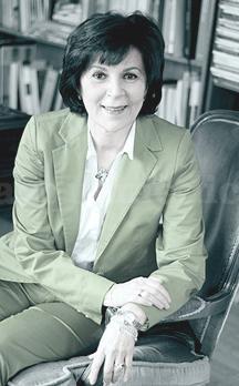 Doctora Mina Missaghian Derajshan - Doctora Mina Missaghian Derajshan
