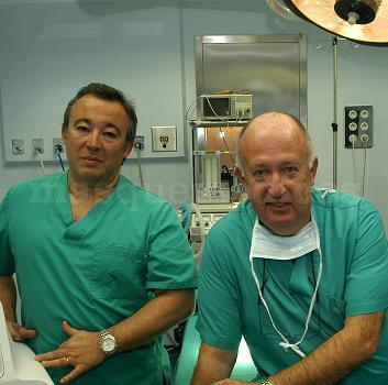 Dr. Santos Giménez y Dr. Alfredo Hernández en Clínica Santa Elena - Santos Giménez Artieda
