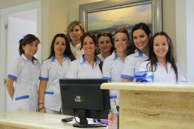 - Clínicas Dentales Prodentis