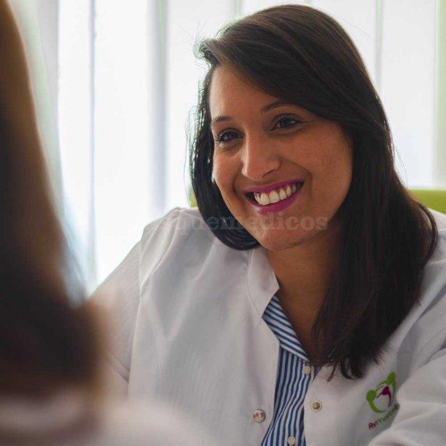 Ovoclinic Málaga - Doctora Nicole Veras - Ovoclinic Málaga