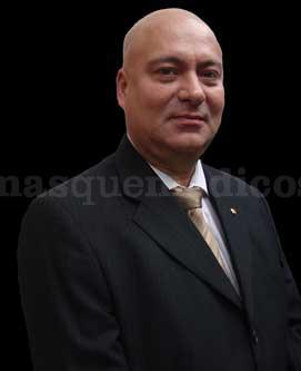 - Dr. Carlos Jaramillo