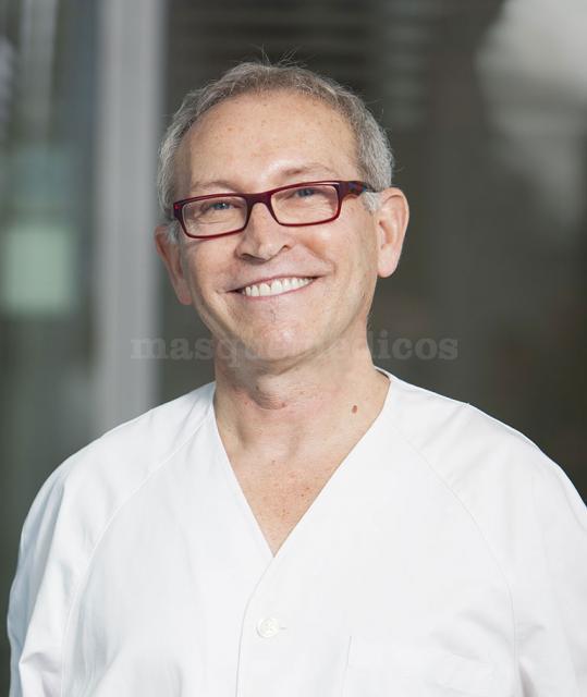 Dr. Francisco Martínez Celorrio - Clínica Stoma Móstoles