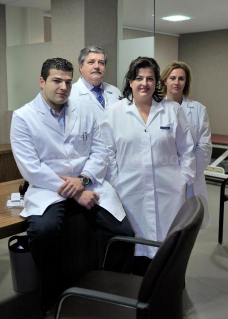 Equipo de trabajo completo  - Clínica Dermatológica Clemente